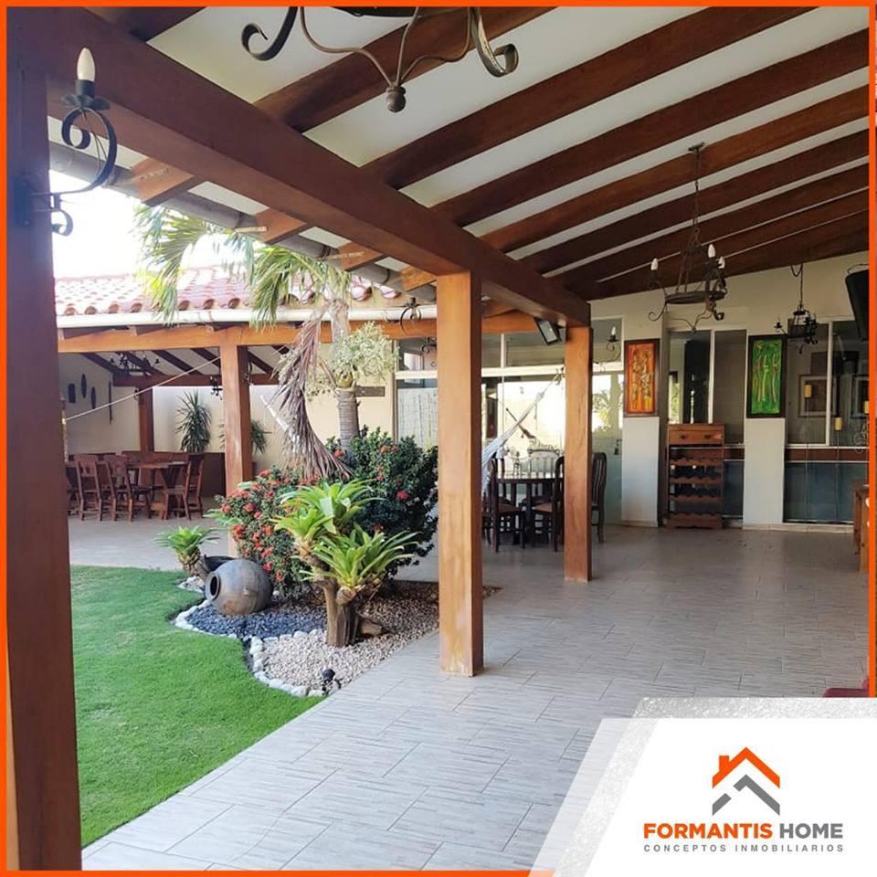 Casa en Venta HERMOSA CASA EN VENTA DE OCASION, CARRETERA A COTOCA KM. 5 CONDOMINIO ESPIRITU SANTO Foto 1