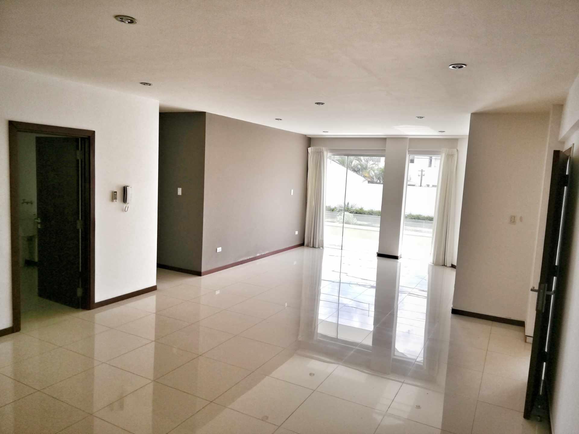 Departamento en Alquiler CONDOMINIO SANTA LUCIA / BARRIO LAS PALMAS Foto 1