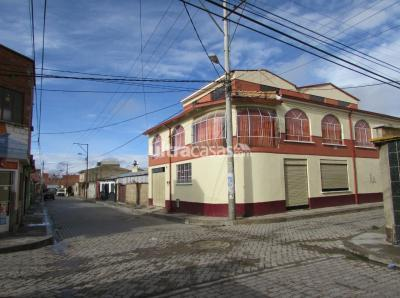 Casa en Venta en La Paz Tembladerani Calle 29B entre Mallco Mayta y Hermano Morales