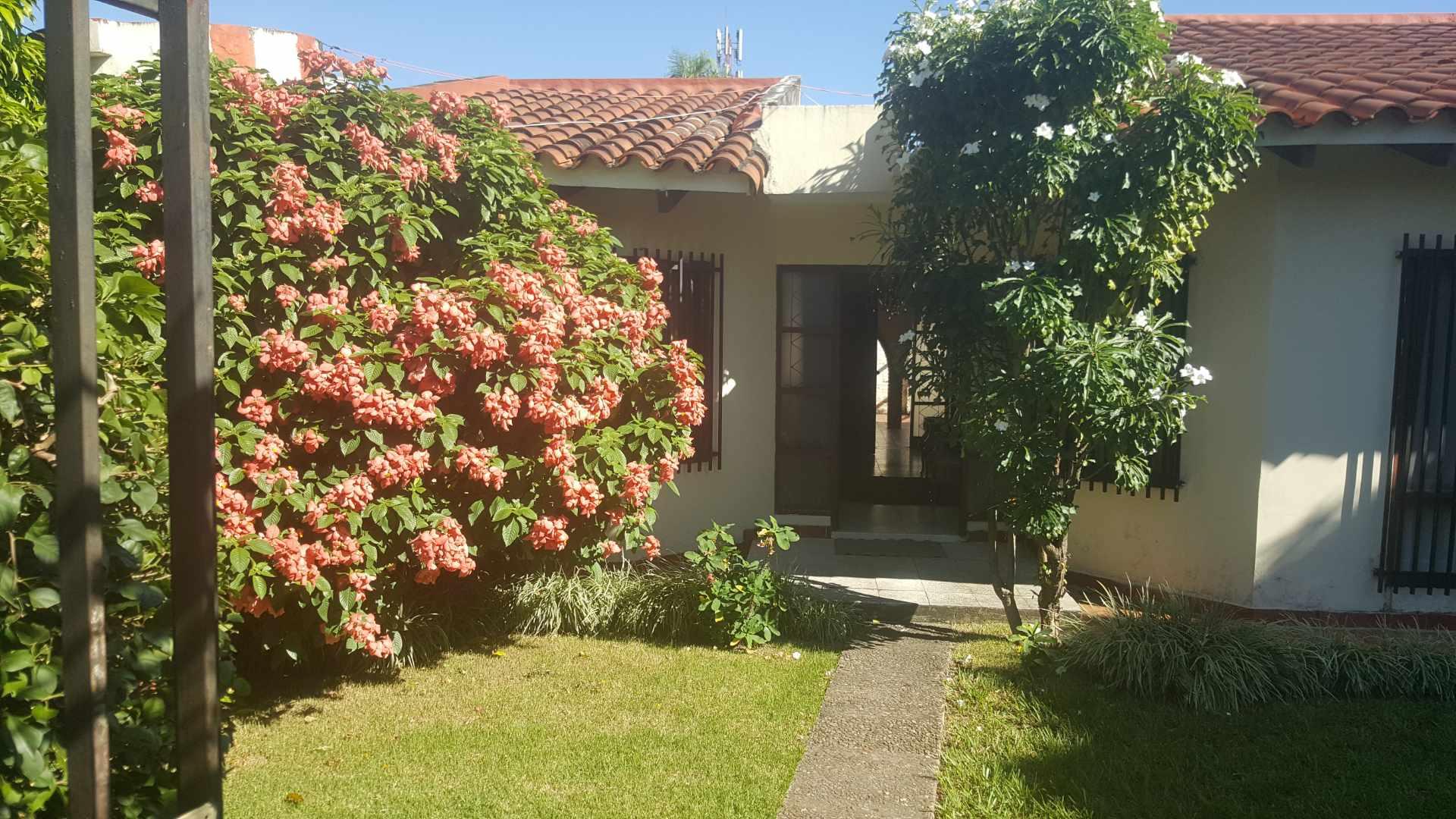 Casa en Venta BARRIO POLANCO, RADIAL 10/CALLE JUAN BLANCO. ENTRE 3er y 4to ANILLO Foto 1