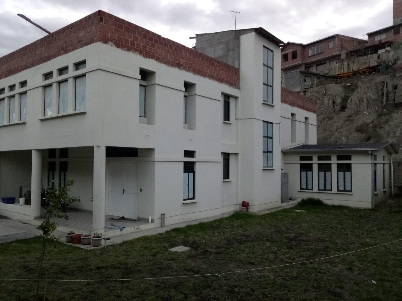 Casa en Venta A una cuadra de la avenida principal del puente de Lipari Foto 1