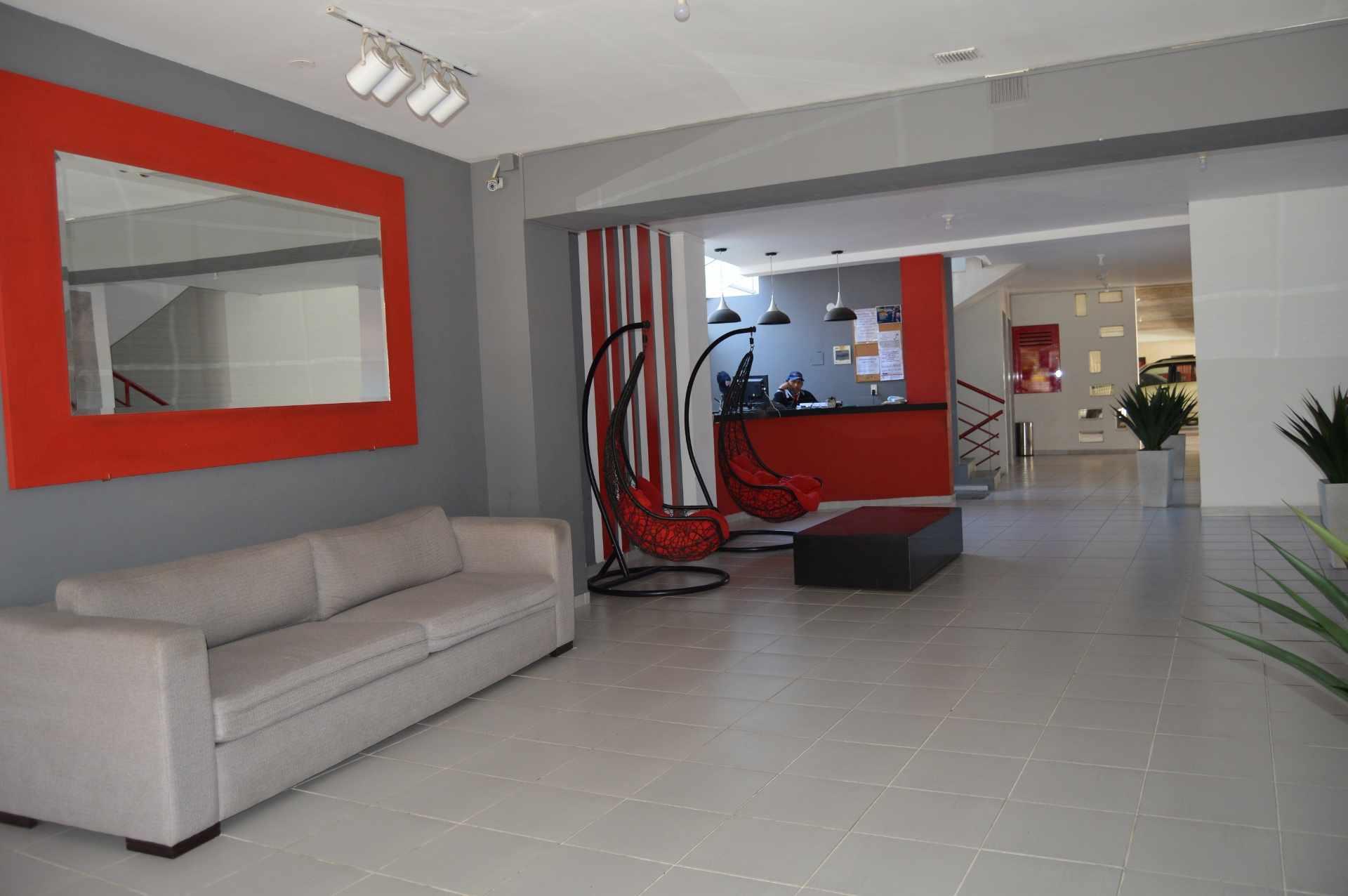 Departamento en Alquiler Calle Velasco, entre La Rivas y Lemoine, EDIFICIO TRES CARAVELAS, piso 8, Dpto I.  Foto 1