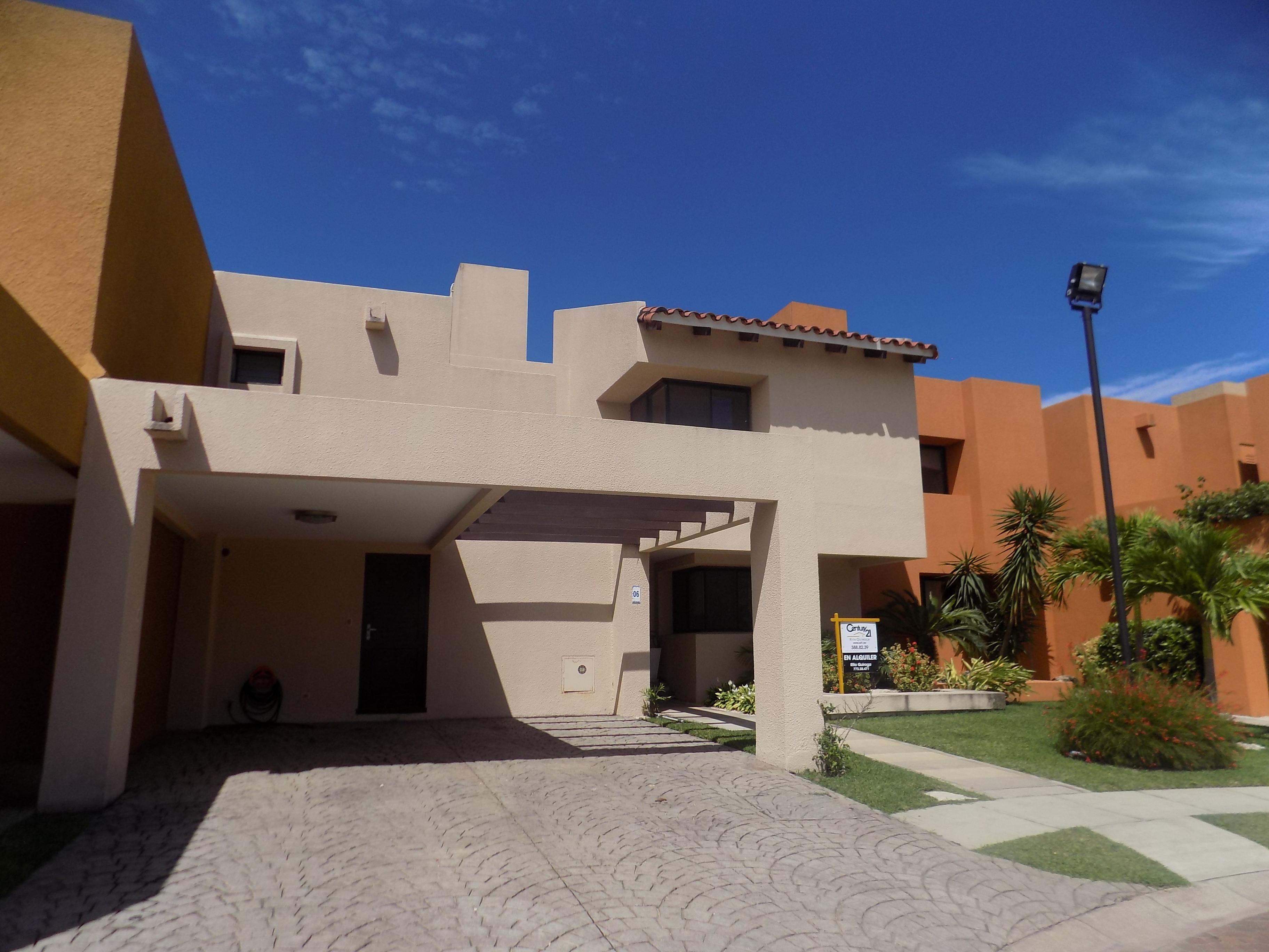 Casa en Alquiler URBANIZACION LA HACIENDA II Foto 1