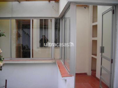 Casa en Venta Av. Ecuador 2074 Foto 5