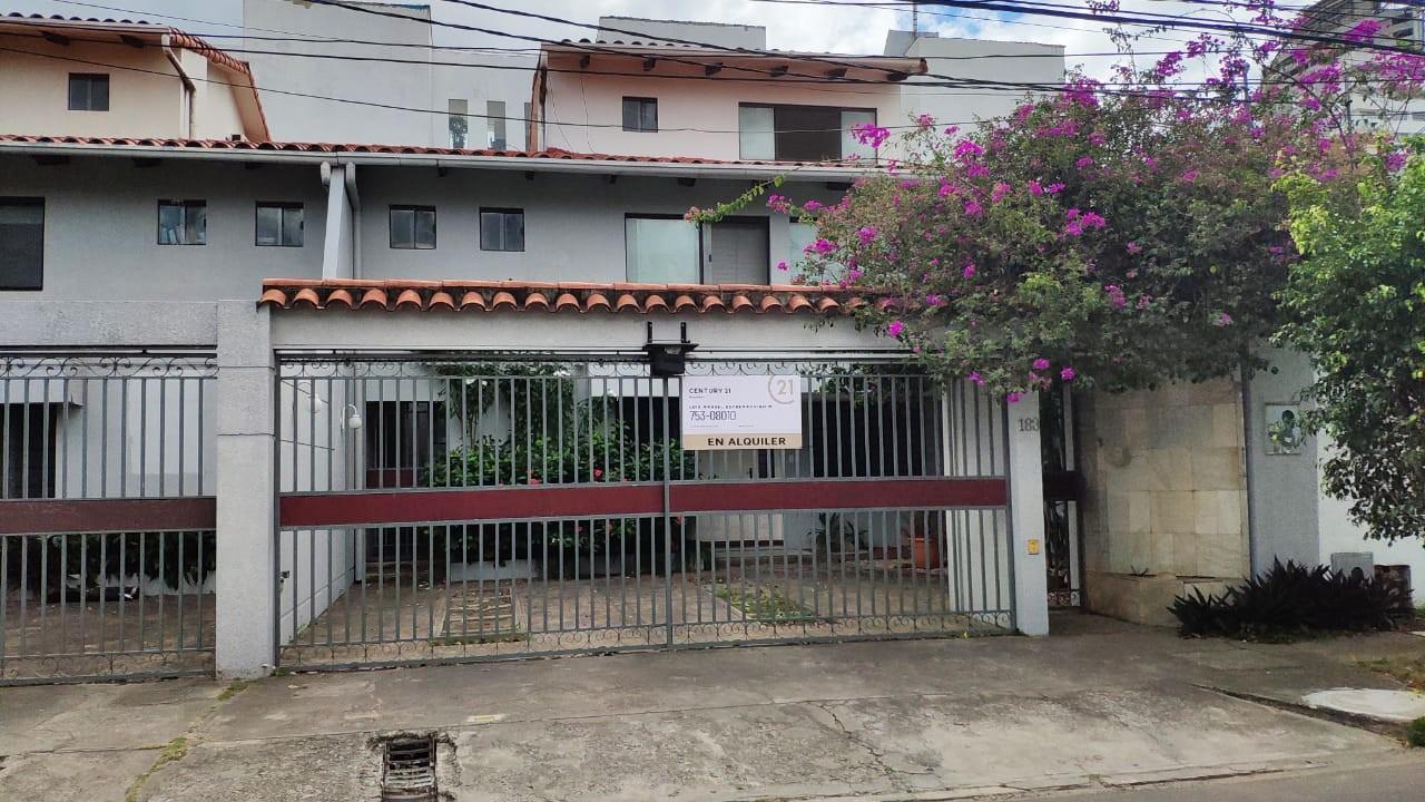 Casa en Alquiler Equipetrol Norte Foto 1