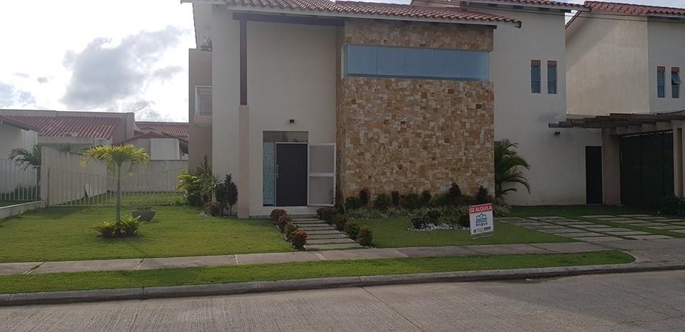 Casa en Alquiler Casa en Alquiler en Santa Cruz de la Colina Foto 1