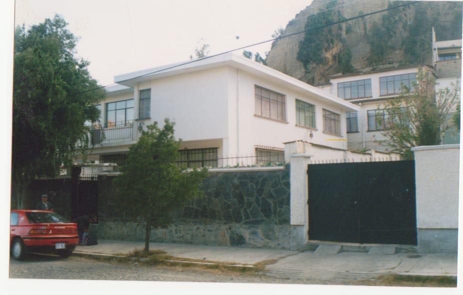 Casa en Venta Av. Hugo Ernest Foto 1