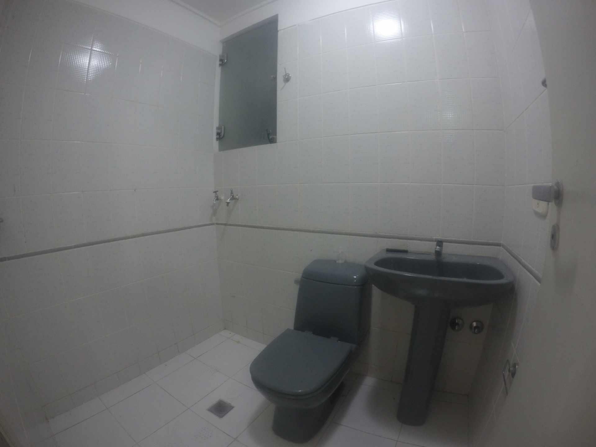 Departamento en Venta Condominio San Antonio [Av. Banzer 2do. y 3er. Anillo], De ocasión vendo departamento de 2 dormitorios sin parqueo. [69.000$us.] Foto 5