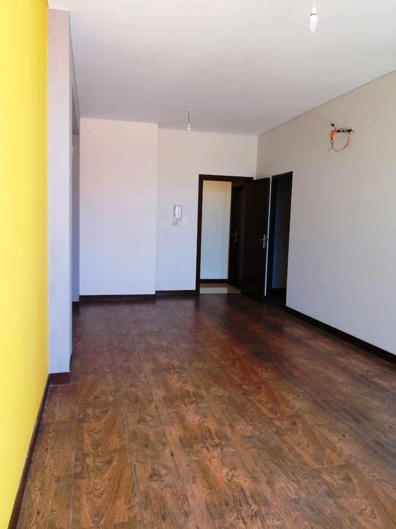 Departamento en Venta Barrio Urbari, a dos cuadras del segundo anillo, Edificio Andreas Premium Loft Foto 7