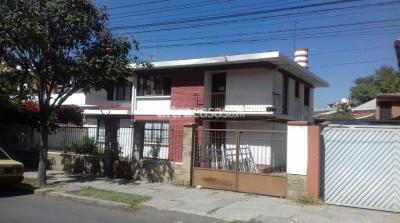 Casa en Alquiler en Cochabamba Muyurina Av. Papa Paulo 1126