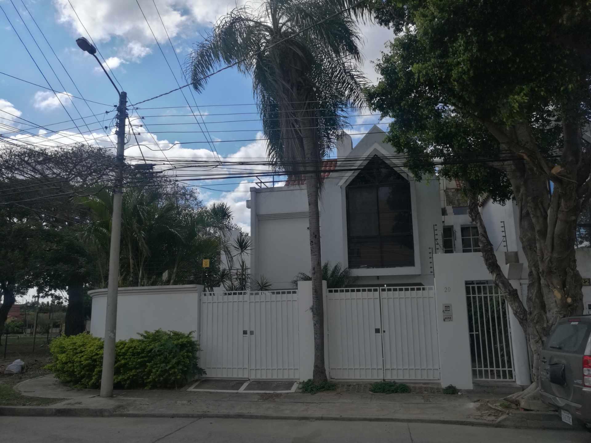 Casa en Alquiler Barrio Villa Mercedes Foto 1