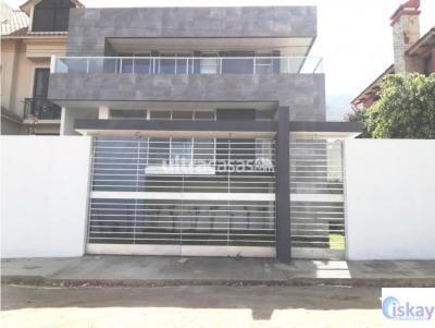Casa en Venta en Cochabamba Pacata Casa NUEVA moderna, elegante, Bella Vista, Puntiti