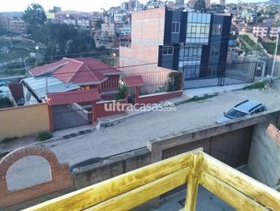 Casa en Venta en La Paz Los Pinos Zona PEDREGAL final Av. COSTANERA
