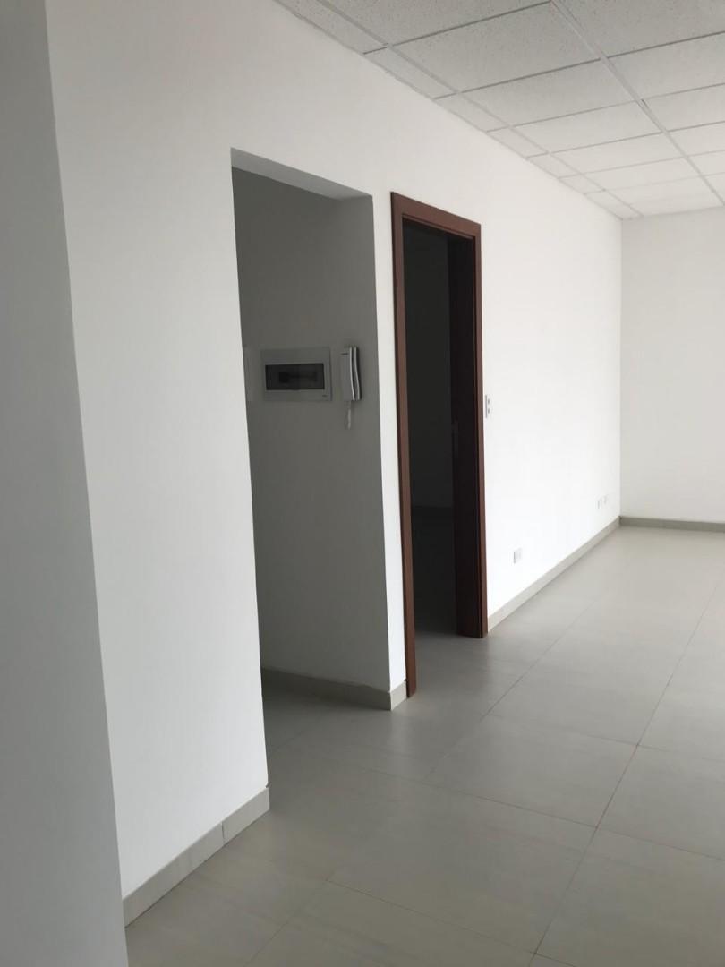 Oficina en Venta Calle Saavedra 464 entre Alameda Potosí y Calle Tarija Foto 3