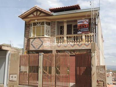 Casa en Venta en Cochabamba Centro CERRO SAN MIGUEL-CENTRO,  VENDO CASA DE CUATRO PLANTAS