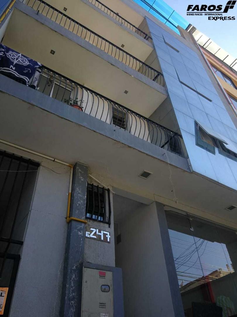 Edificio en Venta EDIFICIO CERCA PLAZA COLON 4 DPTOS. 3 TIENDAS Foto 1