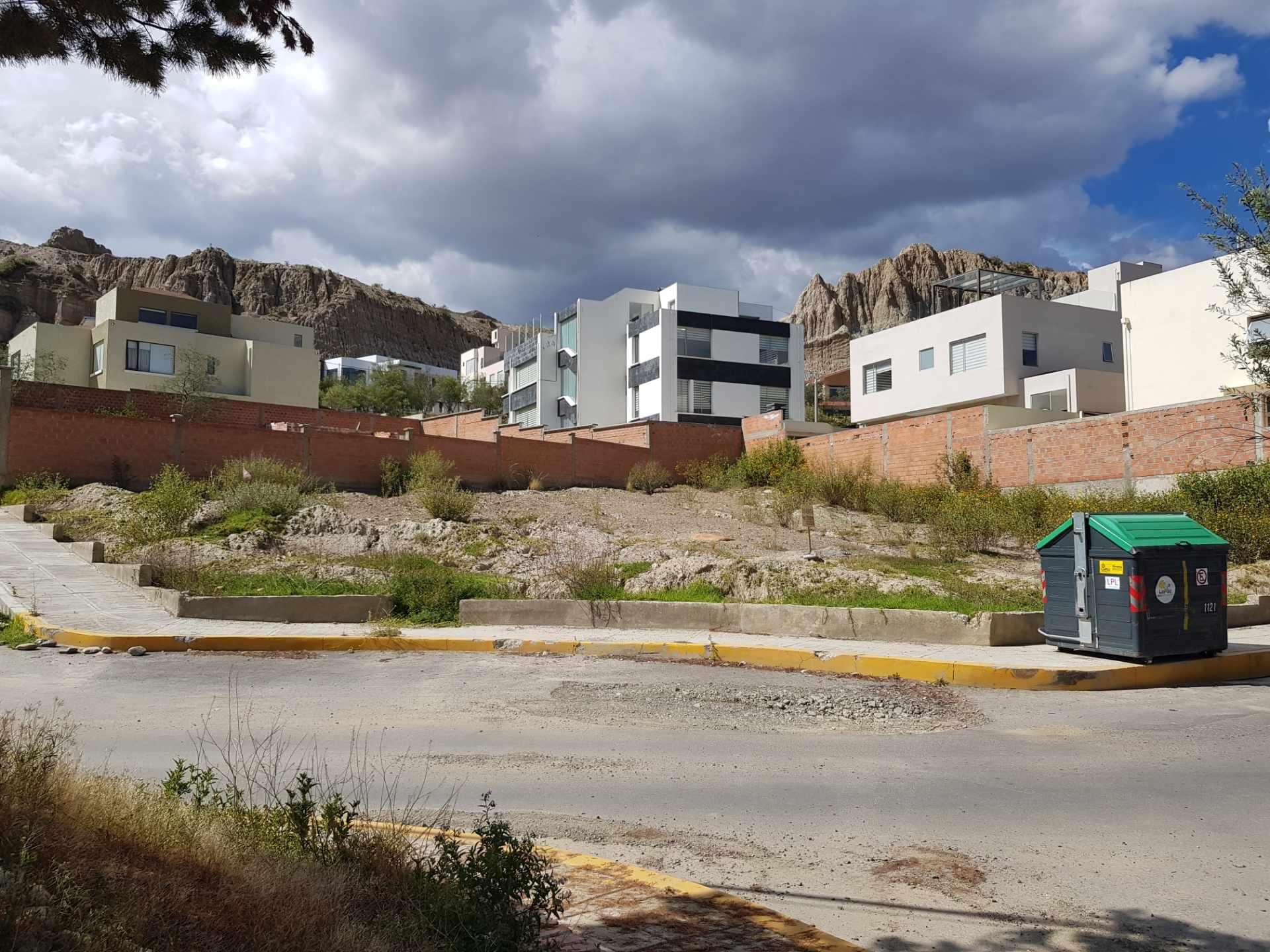 Terreno en Venta Mallasilla urbanización Valle del Sol Foto 1