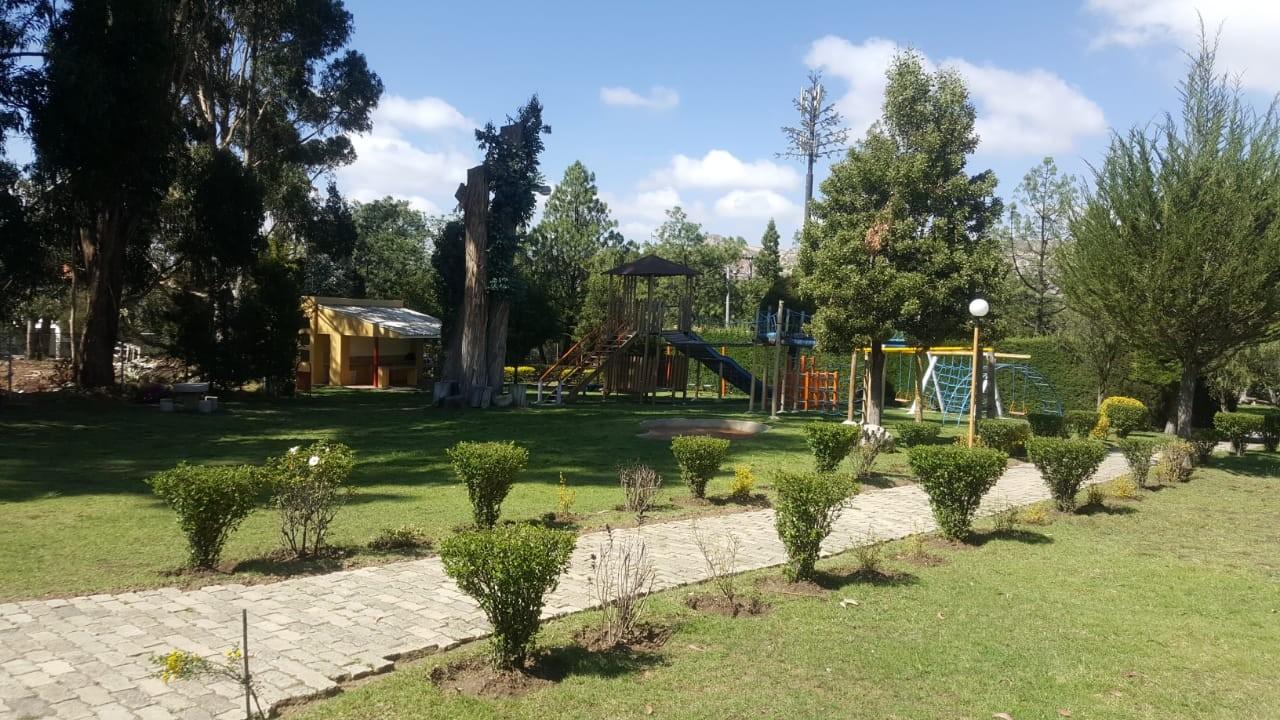 Departamento en Alquiler Edif. Taborga II. Urb. San Alberto.    Foto 1