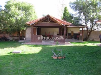Casa en Venta en Cochabamba Condebamba HERMOSA CASA EN VENTA EN CONDOMINIO EN CHIQUICOLLO - 1.010m2  DE SUP,,