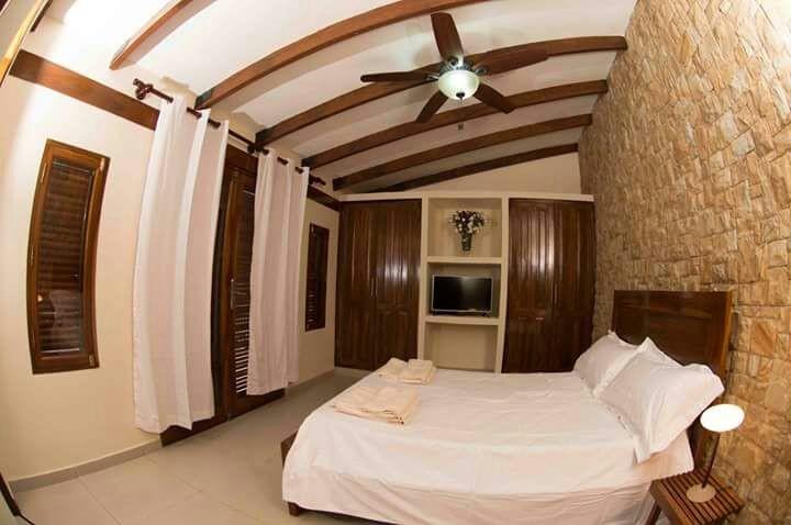 Casa en Venta AV. SANTOS DUMONT Y AV.PILCOMAYO Foto 8