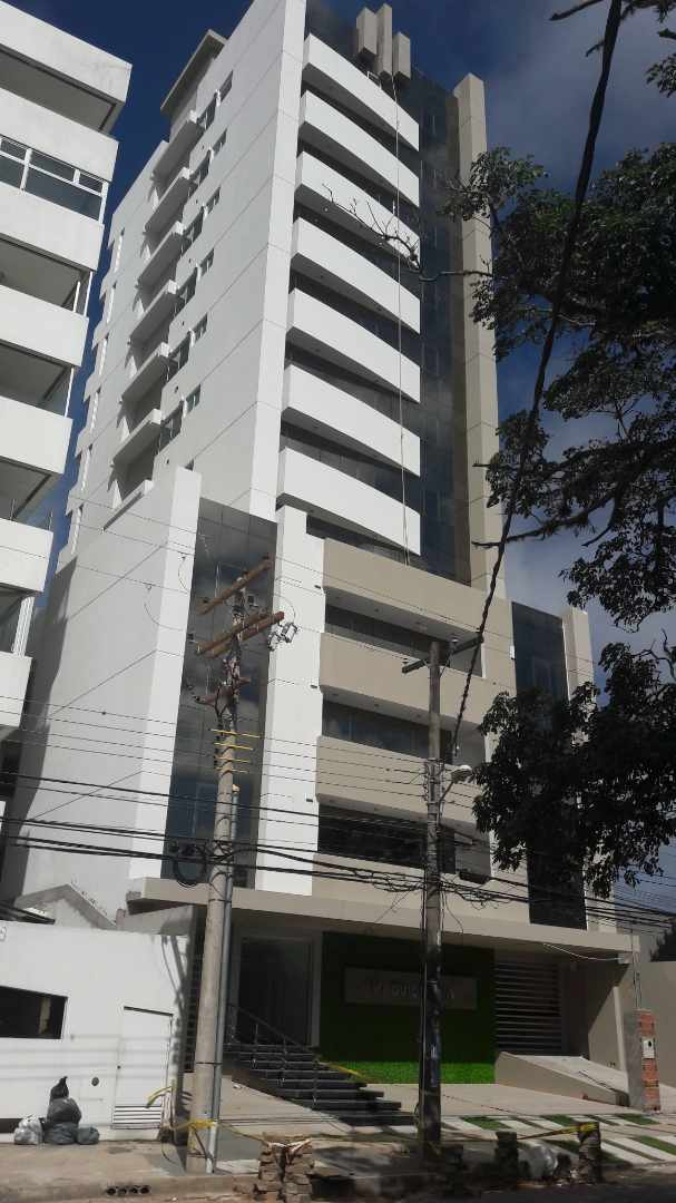 Departamento en Venta Calle Monseñor Santistevan casi esq. Andres Manso Foto 1