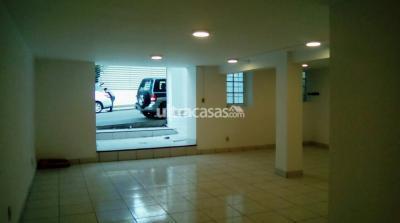 Oficina en Alquiler en La Paz Centro Capitán Ravelo a una cuadra de la UMSA