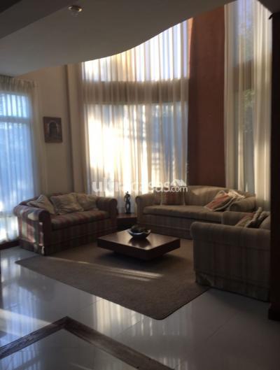 Casa en Venta en Cochabamba Mayorazgo CRUCE TAQUIÑA