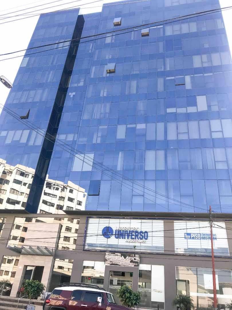Oficina en Alquiler Av. Papa Paulo Torre Colombo Foto 1