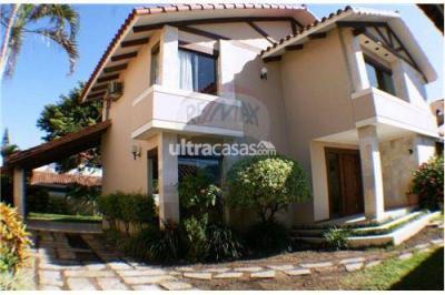 Casa en Alquiler en Santa Cruz de la Sierra 3er Anillo Este SOBRE AV. LOS CUSIS