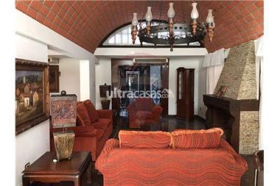 Casa en Alquiler en Santa Cruz de la Sierra Sirari Frente a Utepsa