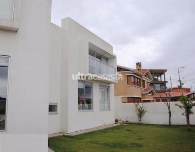 Casa en Venta Av. Javier del Granado #117 Condominio San ángel  Foto 1