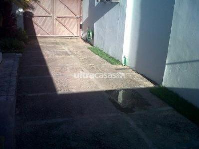 Casa en Alquiler PARAGUA ENTRE 2DO Y 3ER ANILLO Foto 3