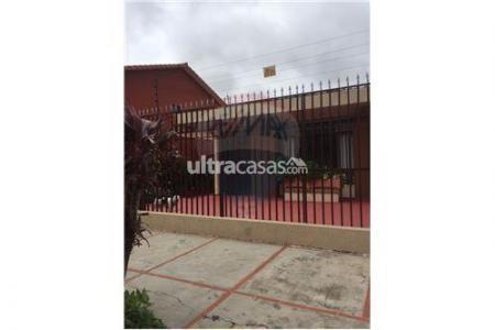 Casa en Alquiler AV. ALEMANA 3ER Y 4TO ANILLO Foto 9