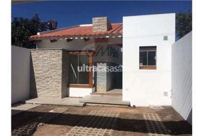 Casa en Venta en Santa Cruz de la Sierra 5to Anillo Sur C/ Pilcomayo
