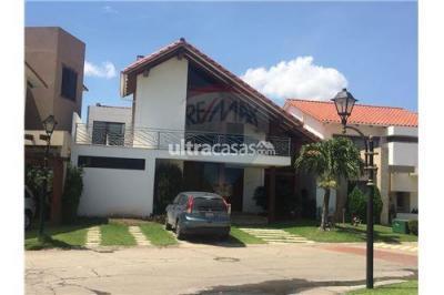 Casa en Alquiler en Santa Cruz de la Sierra 3er Anillo Este CONDOMINIO LA HACIENDA I