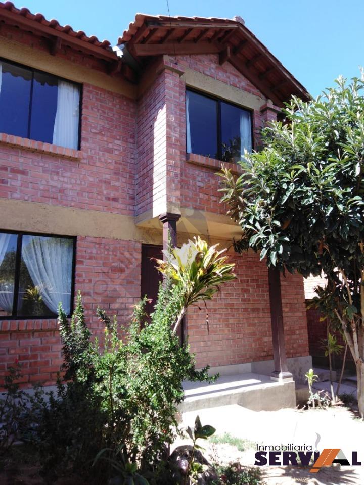Casa en Alquiler CASA DE 2 PLANTAS INDEPENDIENTE, EN URBANIZACION, INMEDIACIONES KM 4 1/2 CIRCUNVALACIÓN Foto 1
