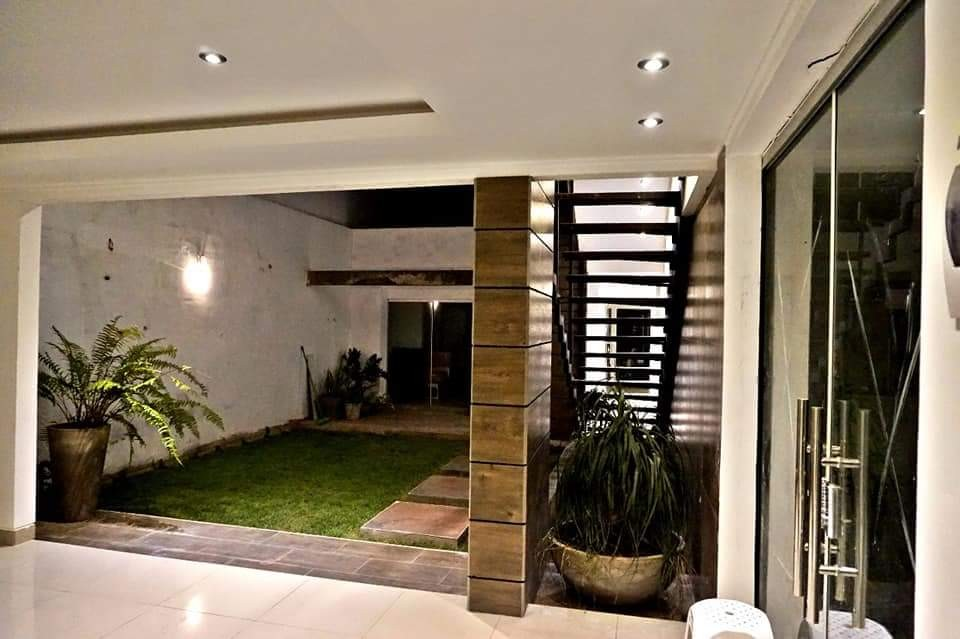 Casa en Venta AV. PIRAI ENTRE 4TO Y 5TO ANILLO Foto 22