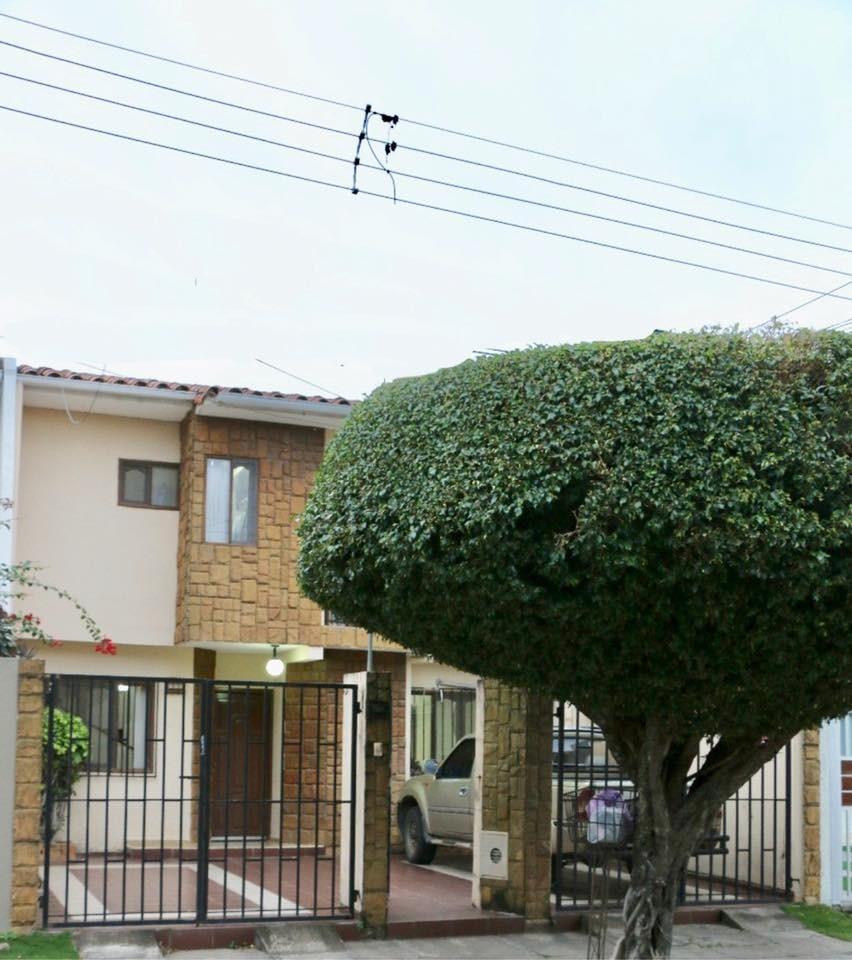 Casa en Venta AV. Banzer  Foto 1
