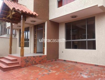 Casa en Venta en Cochabamba Tiquipaya CAMINO TIQUIPAYA