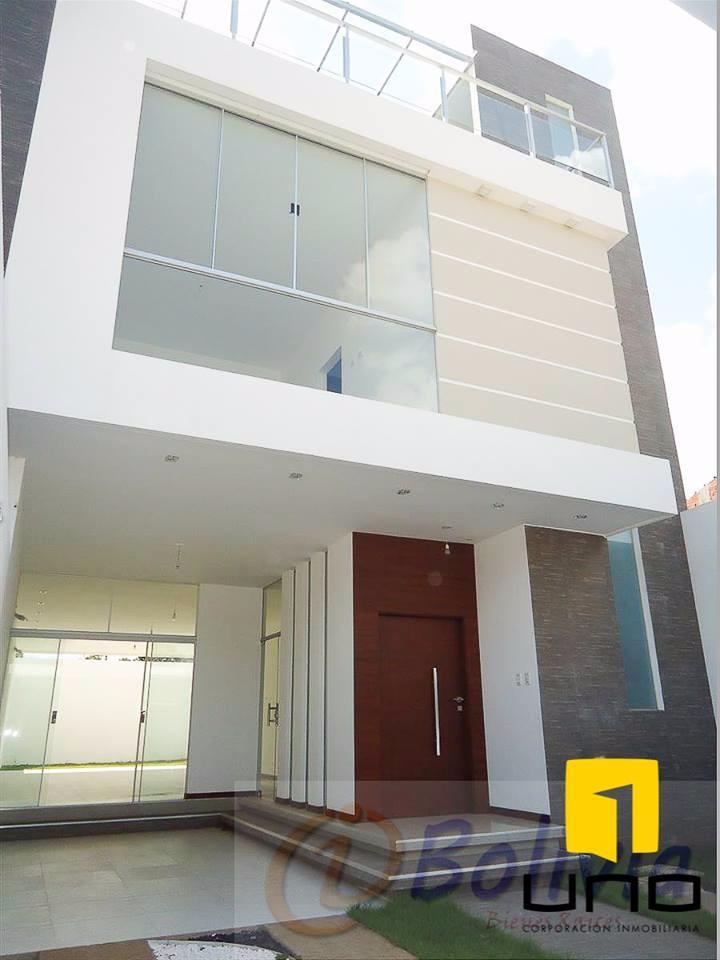 Casa en Venta Av. Banzer 3ro anillo externo Foto 5