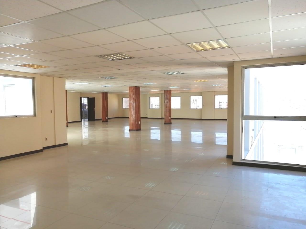 Oficina en Alquiler OFICINA EN ALQUILER 300 mtrs  CALLE SUCRE Foto 1