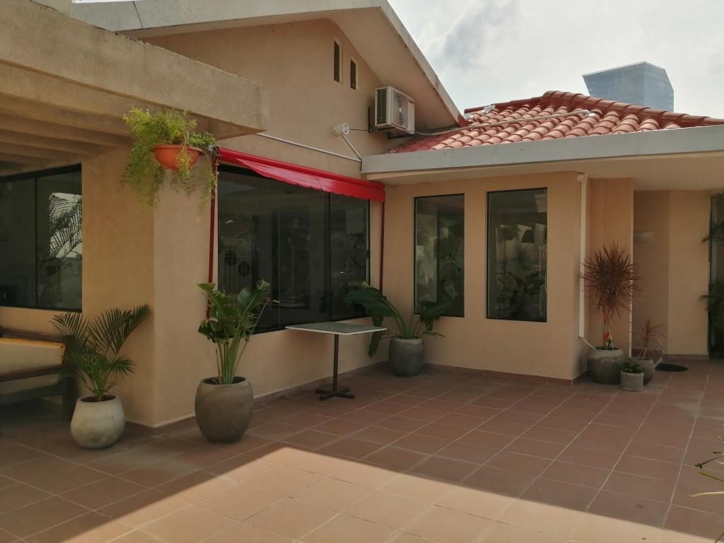 Casa en Alquiler BARRIO HAMACAS PLAN 12 - AV. BENI 4º ANILLO Foto 1