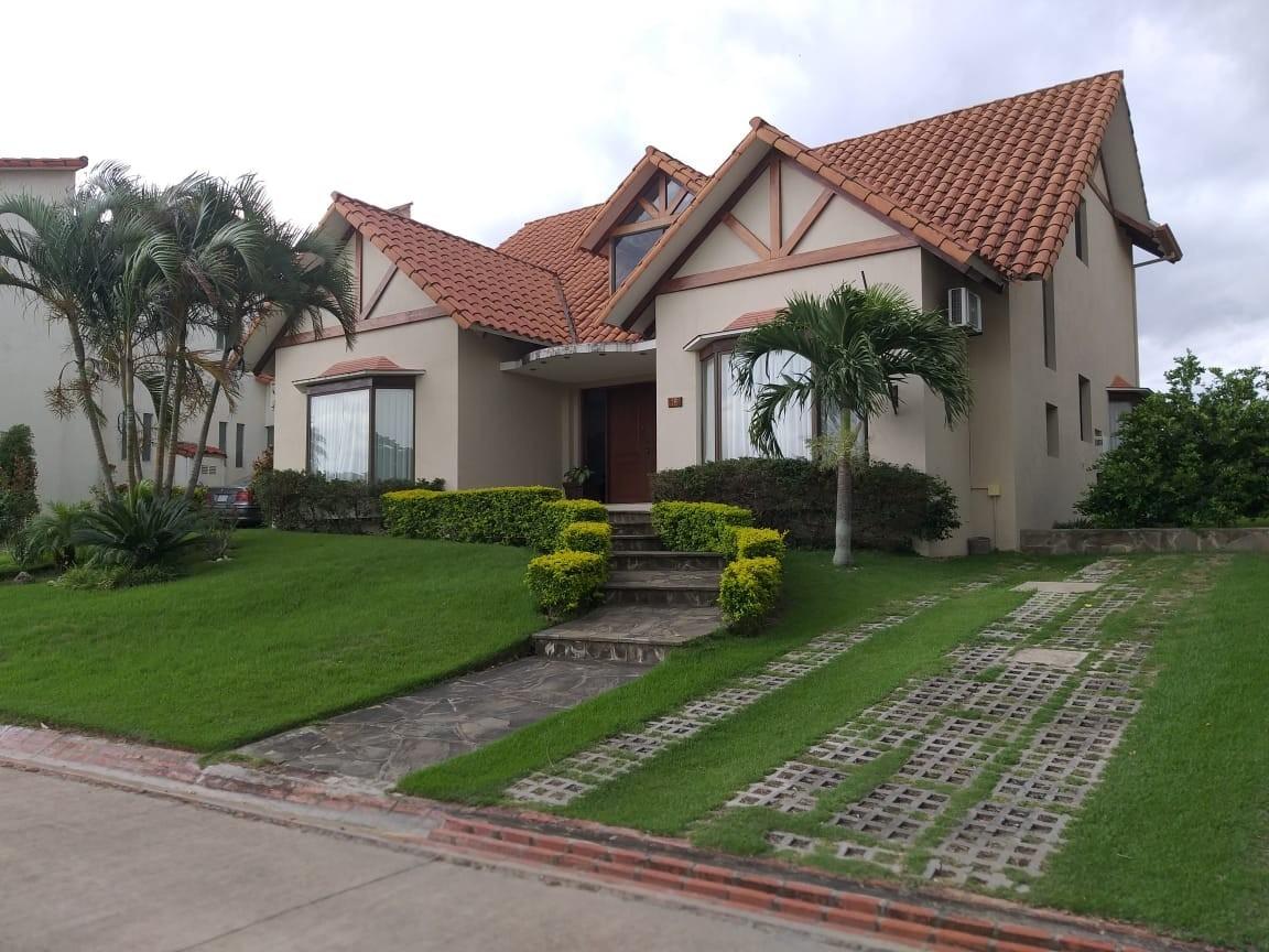 Casa en Alquiler URUBO, CASA EN ALQUILER 2500$ Foto 1