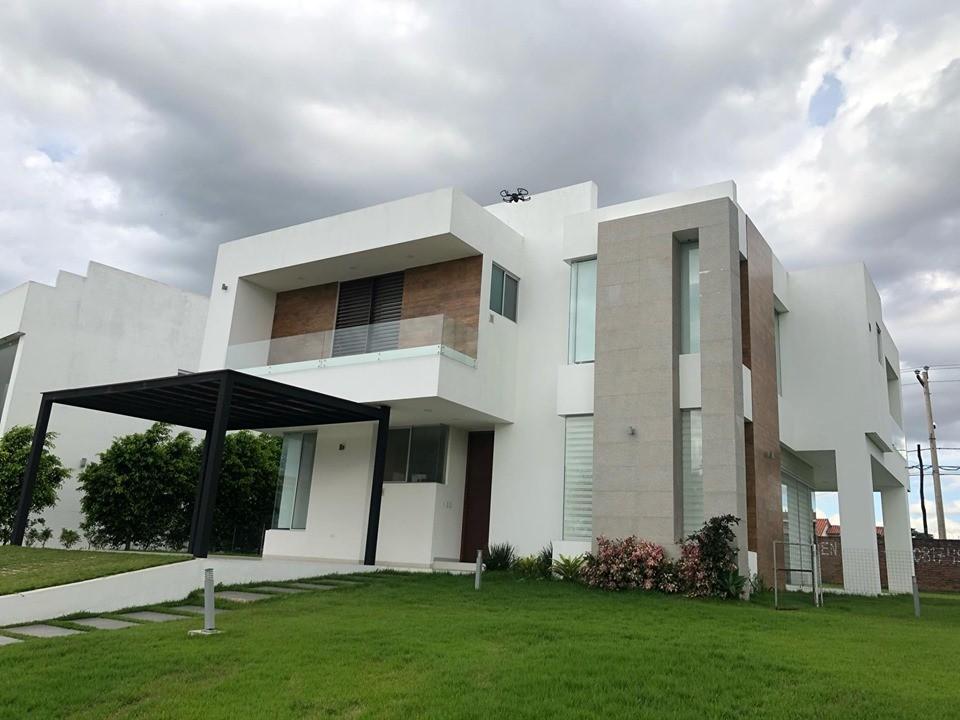 Casa en Alquiler COLINAS DEL URUBO  Foto 1