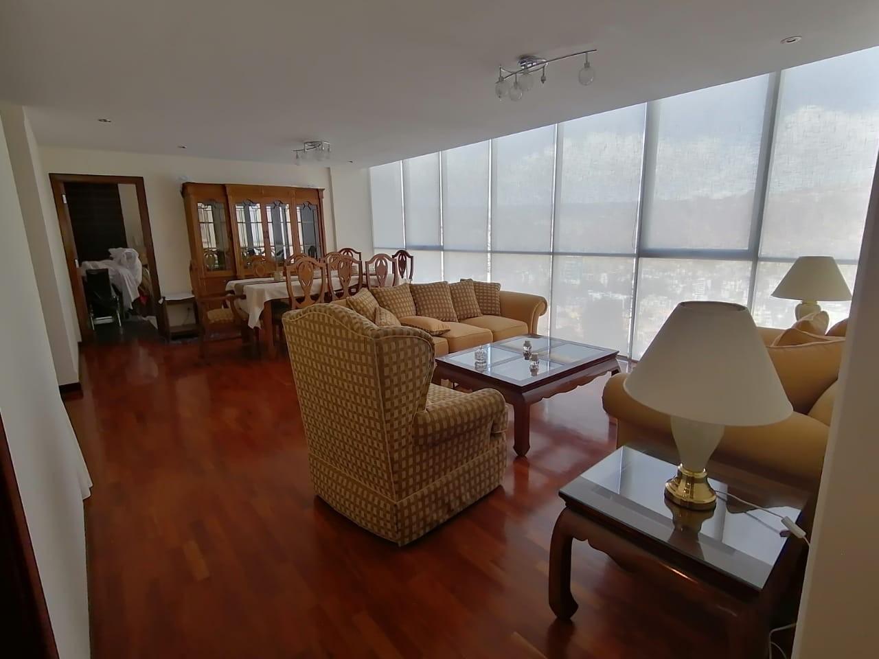 Departamento en Alquiler ALQUILER PENTHOUSE AMOBALDO DE 245 mtrs   EN COTA COTA Foto 1
