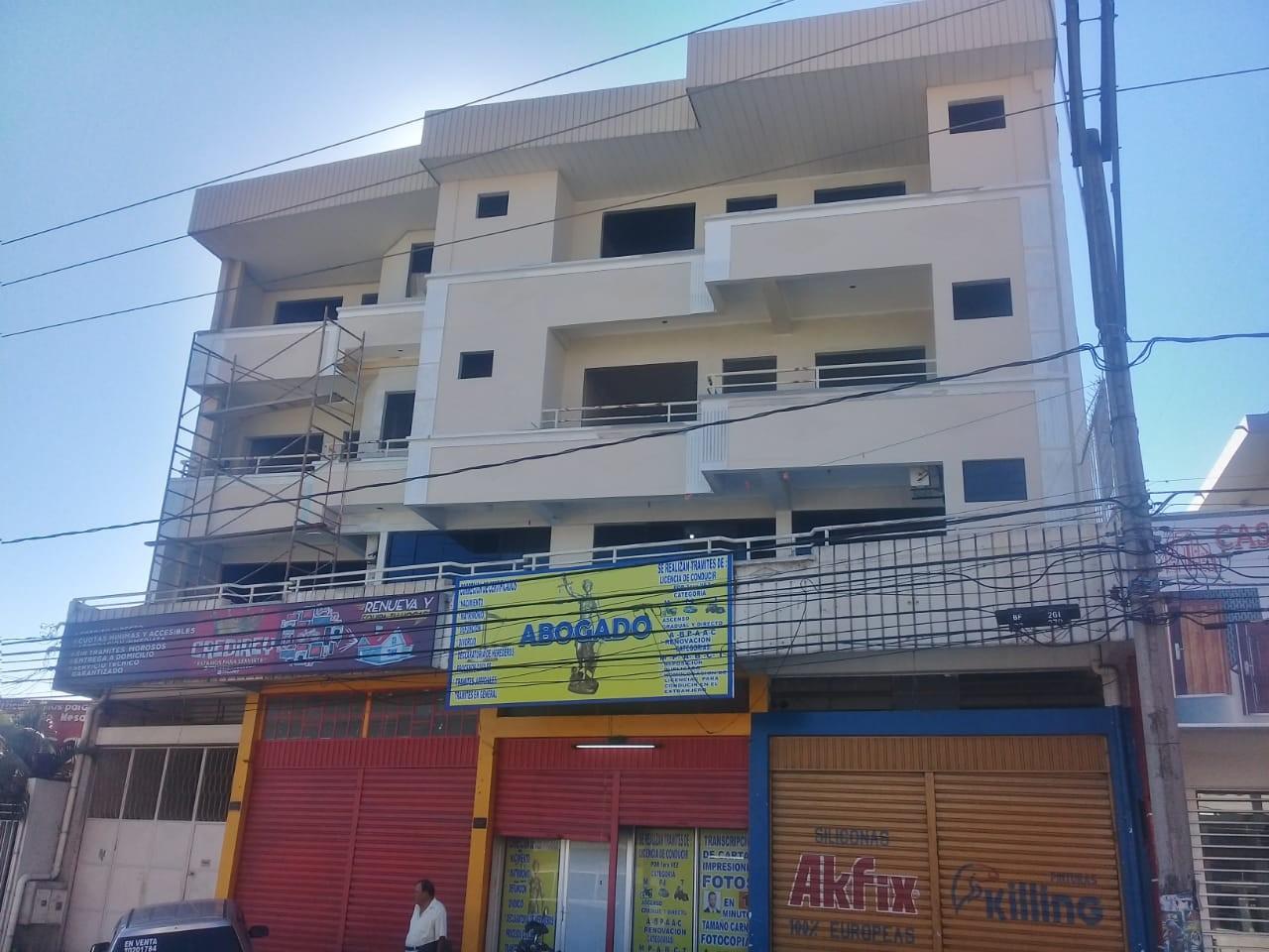 Edificio en Venta 3er. Anillo interno diagonal mercado abasto Foto 1