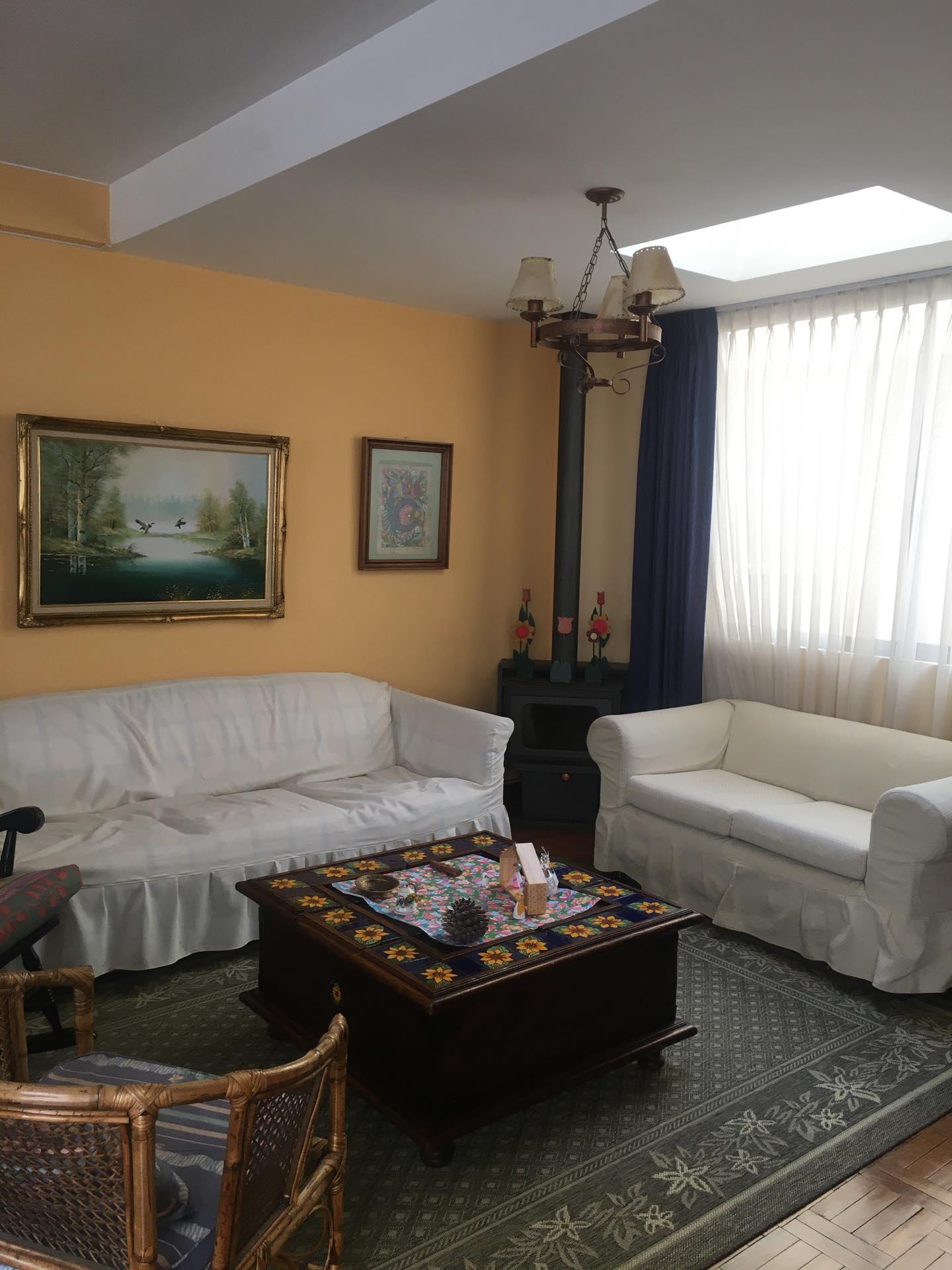 Casa en Venta Achumani inmediaciones calle 25, A pocas cuadras del viaducto San Ramon  Foto 1