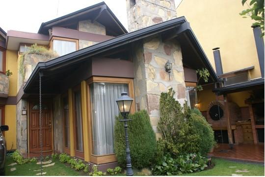 Casa en Alquiler Av. Montenegro Foto 1