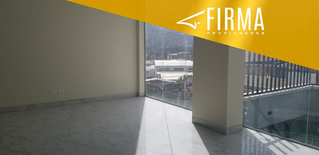 Local comercial en Venta FLV53030 – COMPRA TU LOCAL EN SAN MIGUEL Foto 1