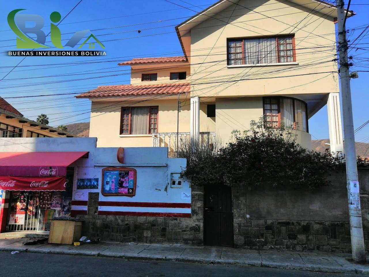 Casa en Venta $us.290.000 CASA EN ESQUINA + TIENDA PROX AV. HEROINAS ZONA SAN PEDRO Foto 1